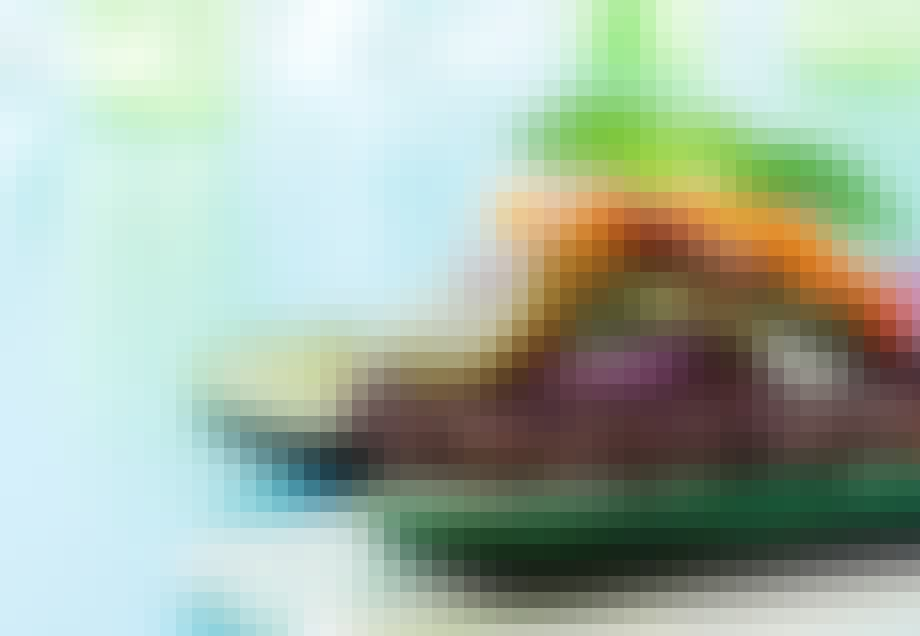 Okseburger med squashbolle og valnøddepesto
