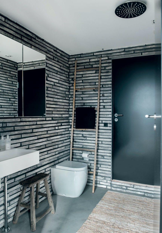 Tegl på badeværelset