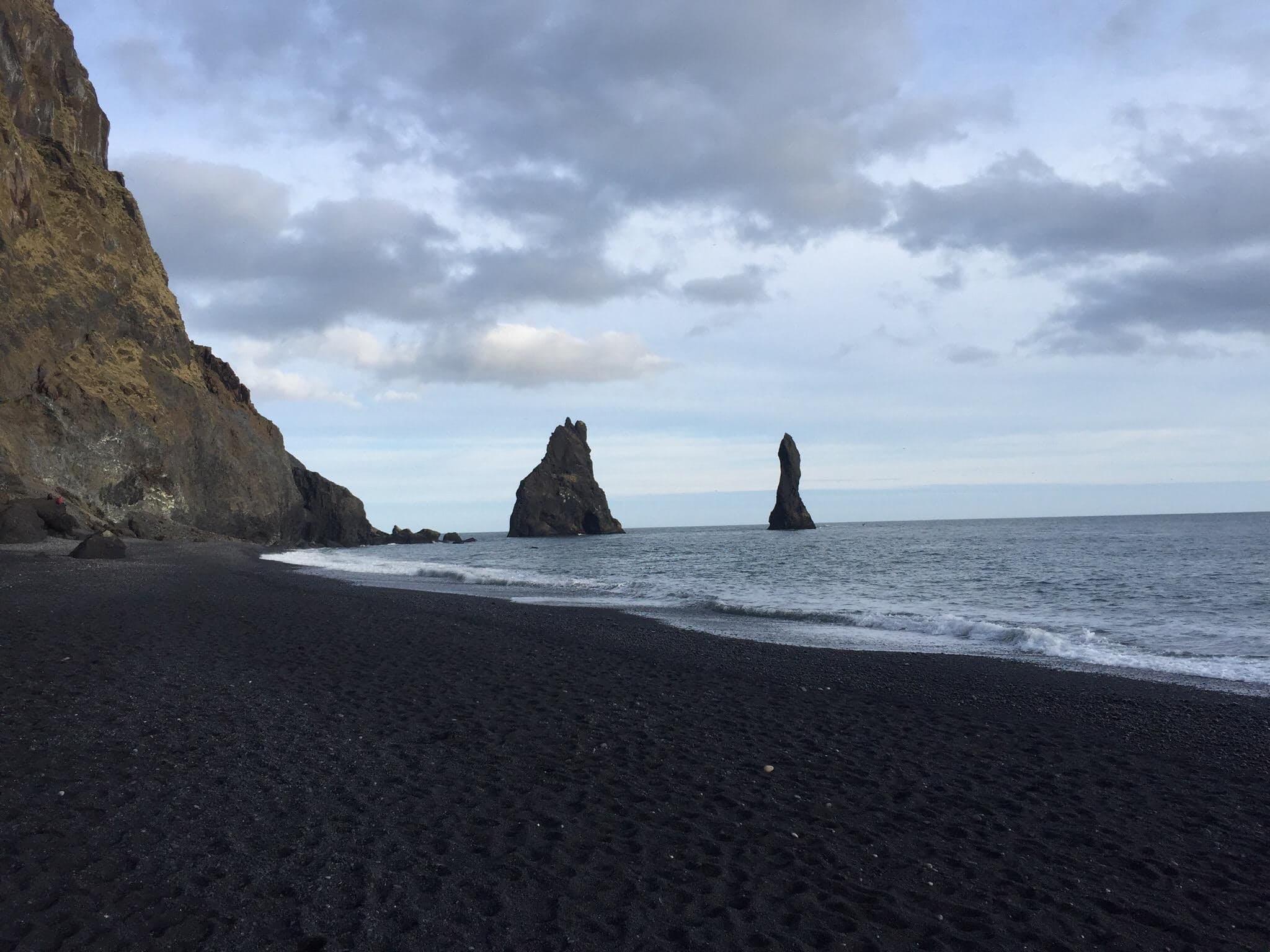 Vik, Island — Frostfangs