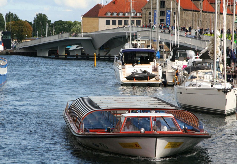 Inderhavnsbroen taget fra Nyhavn.