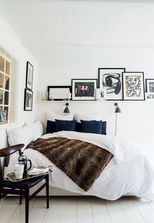 Kontor, stue og soverum i én