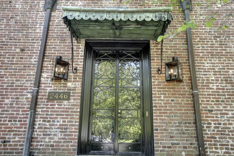 Hoveddøren ind til Barack Obamas nye lejede hus i Kalorama i Washington D.C.