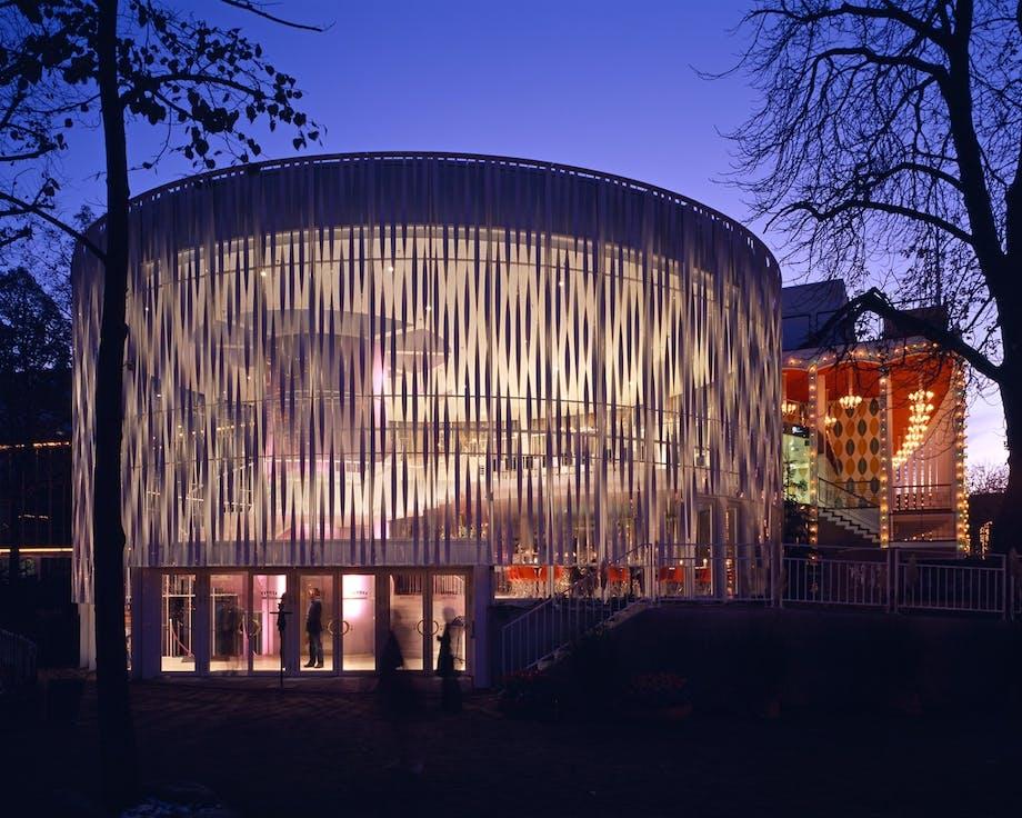Tivolis Koncertsal fik elegant foyer