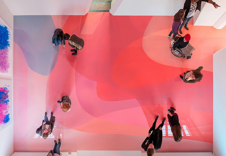 Farverigt epoxygulv af den tyske kunster, Peter ZImmermann.