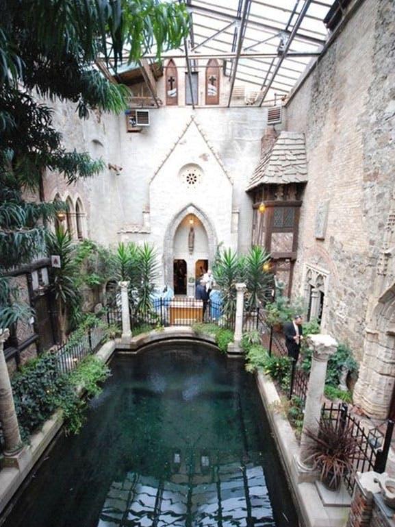 Atrium i gammelt kloster