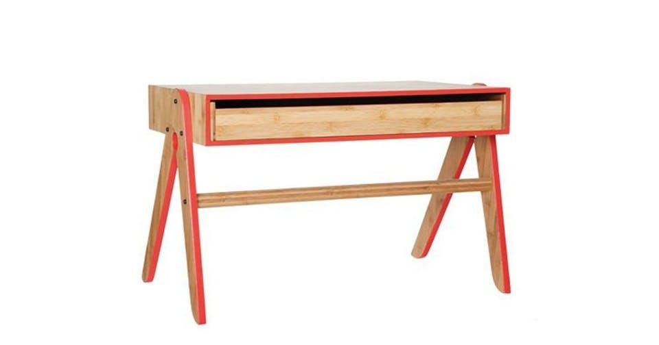 We:Do:Wood skrivebord