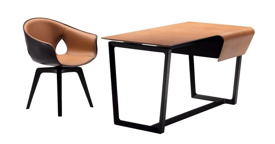 Skrivebord med sadellæder