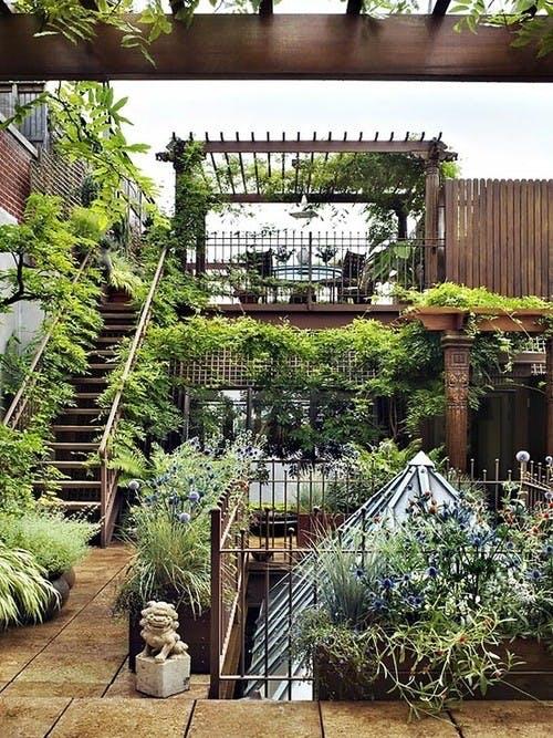 Frodig og grøn tagterrasse