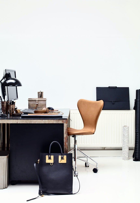 Poul Kjærholm-skriveborde