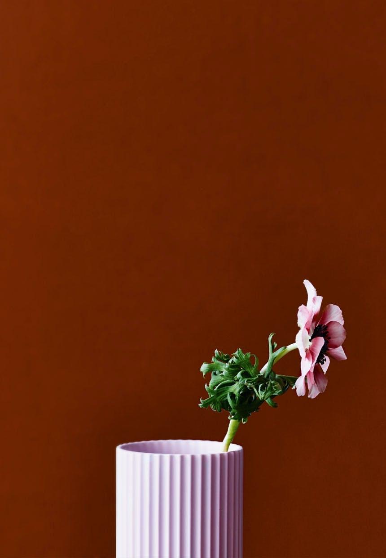Rillet sartrosa vase