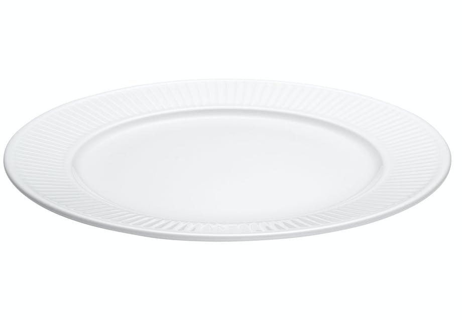 Middagstallerken i hvid porcelæn