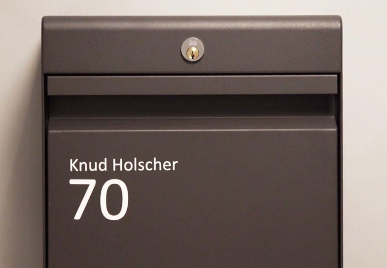 Udstillingen om Knud Holscher