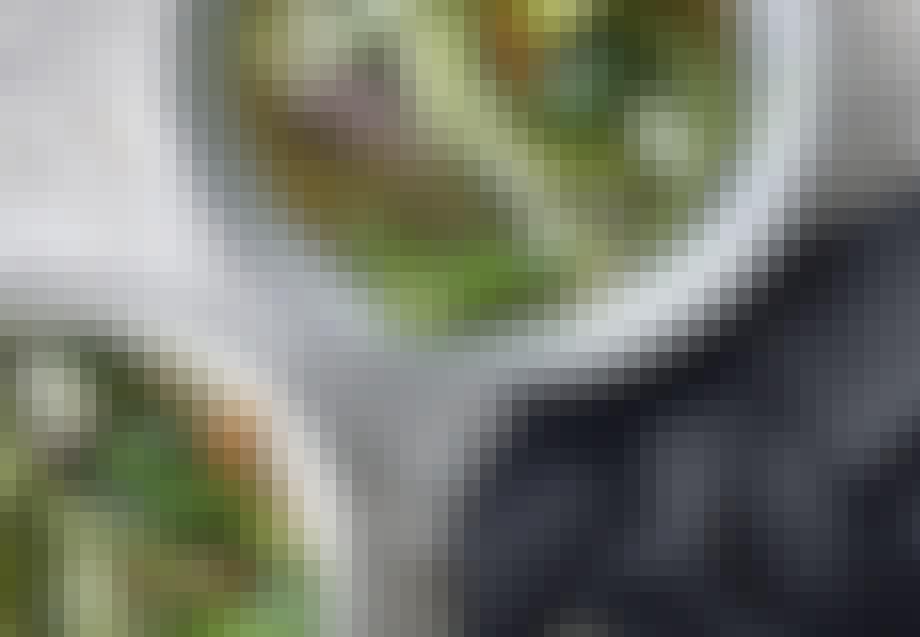 Spicy oksekødssuppe med nudelsquash