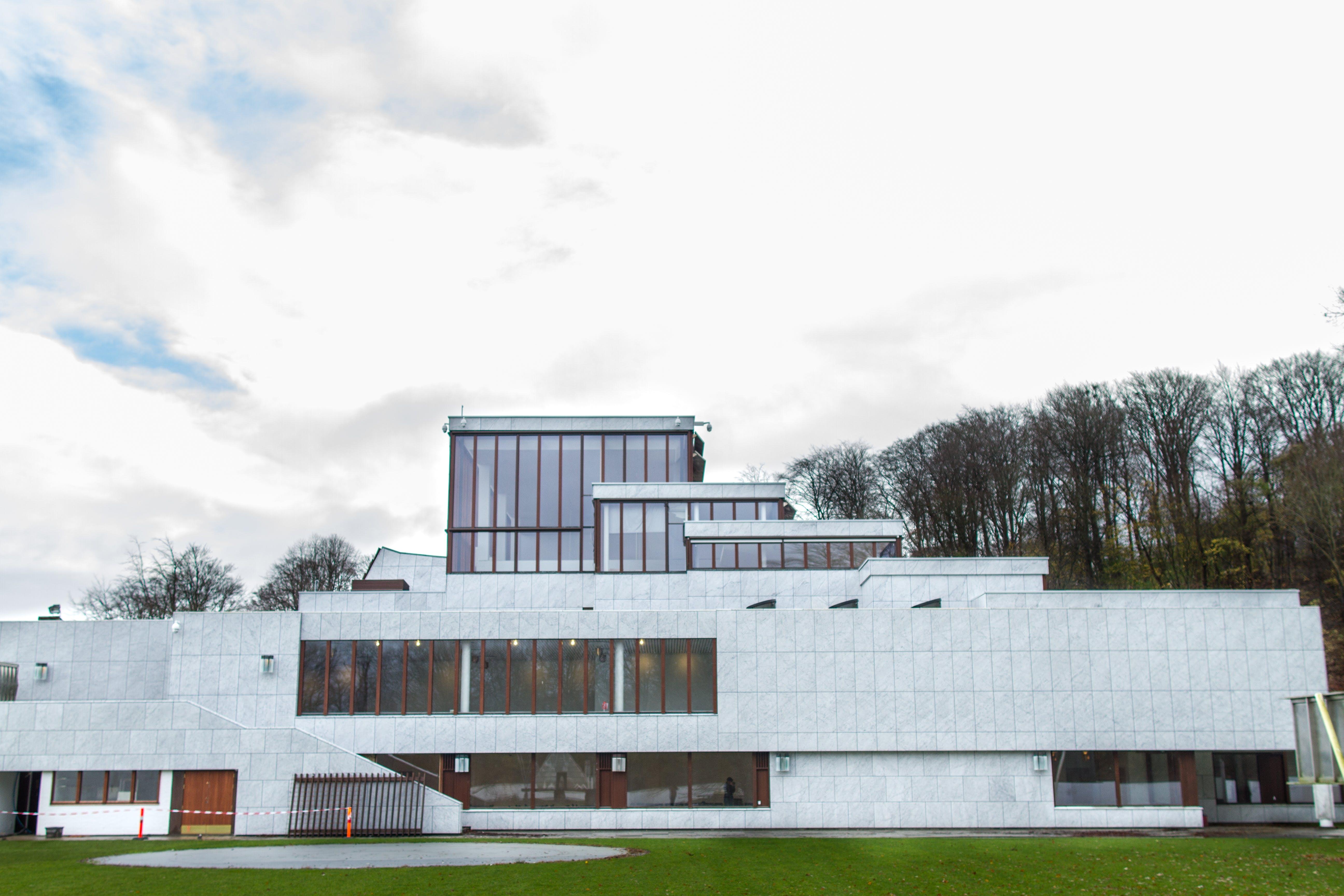 Fra Nordjyllands Kunstmuseum til MoMA Aalborg