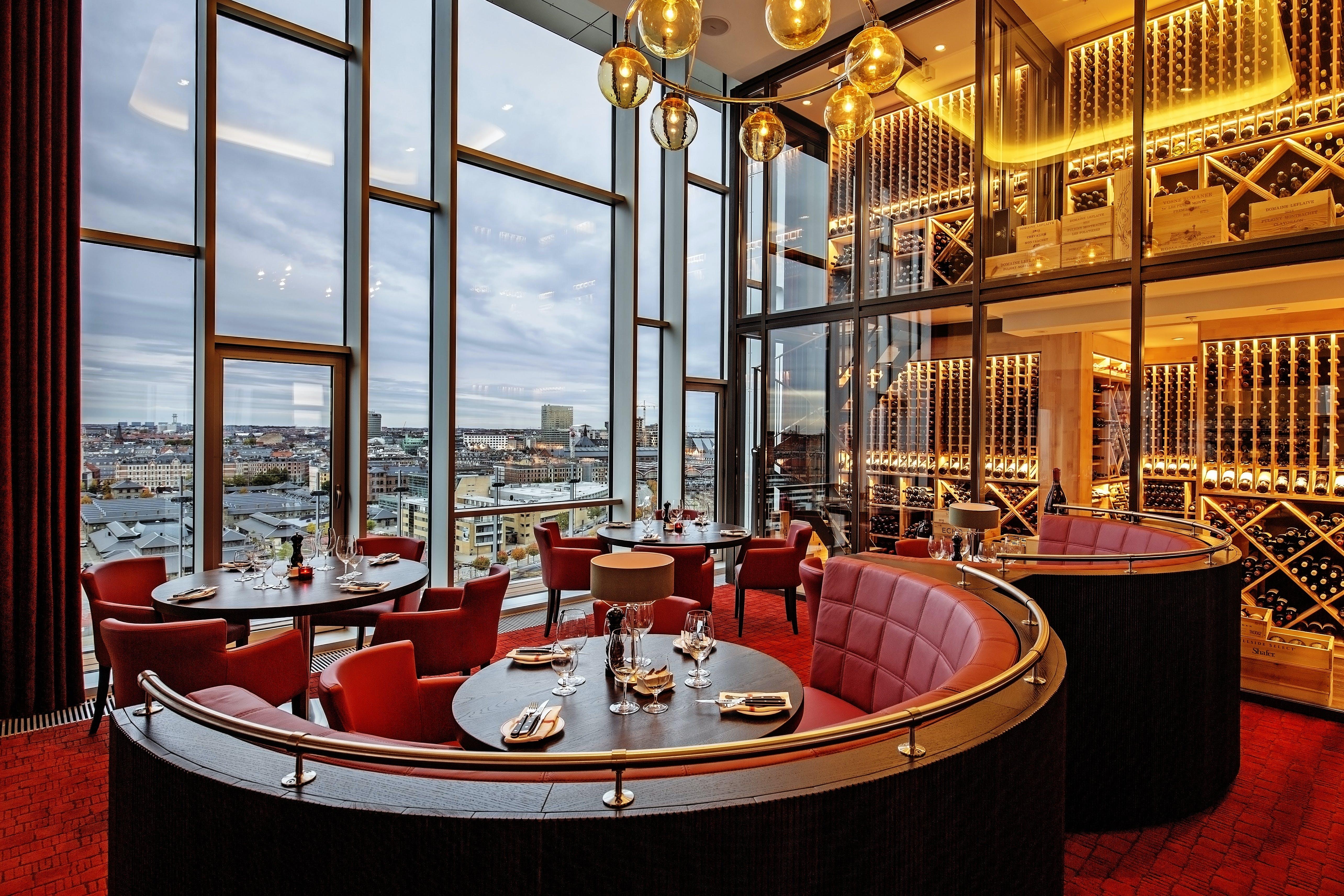 MASH restaurant i Tivoli-hoteltårn åbnet i København | | bobedre.dk