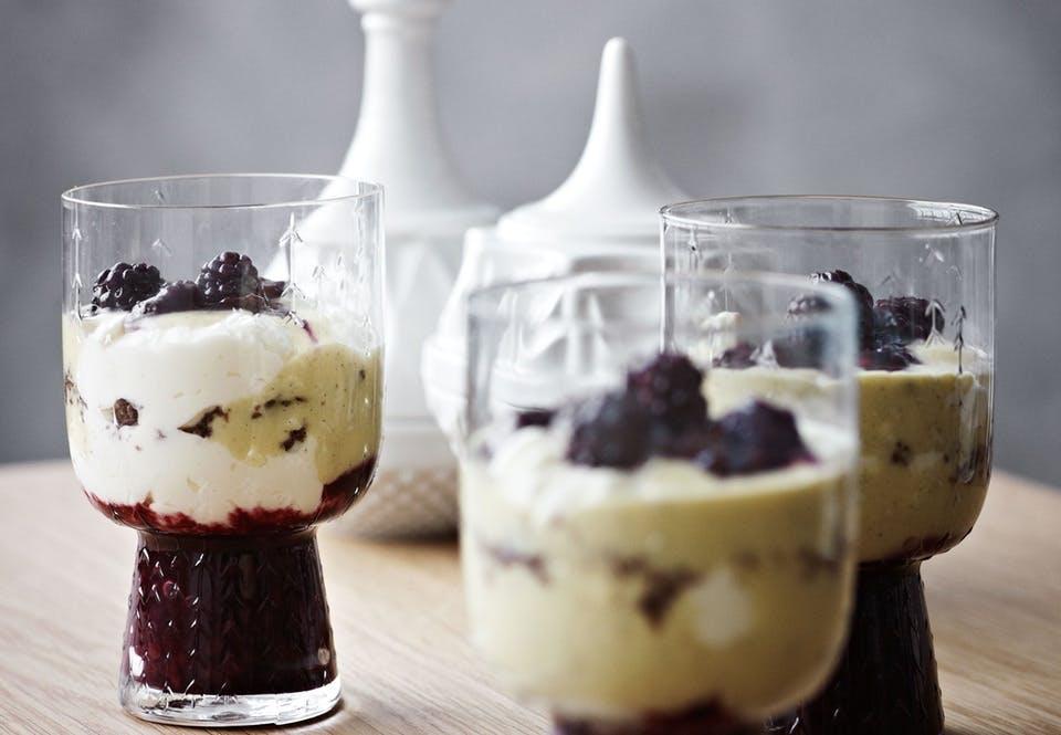 Brombær-trifli
