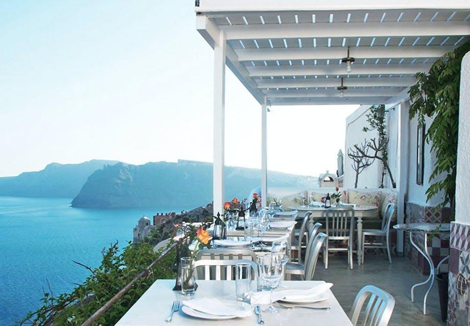 Smuk panoramaudsigt på Santorini