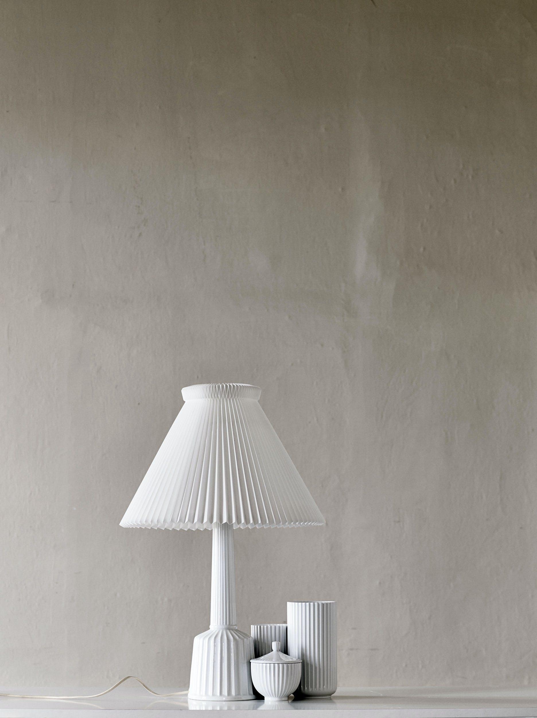 Lampefod og skærm