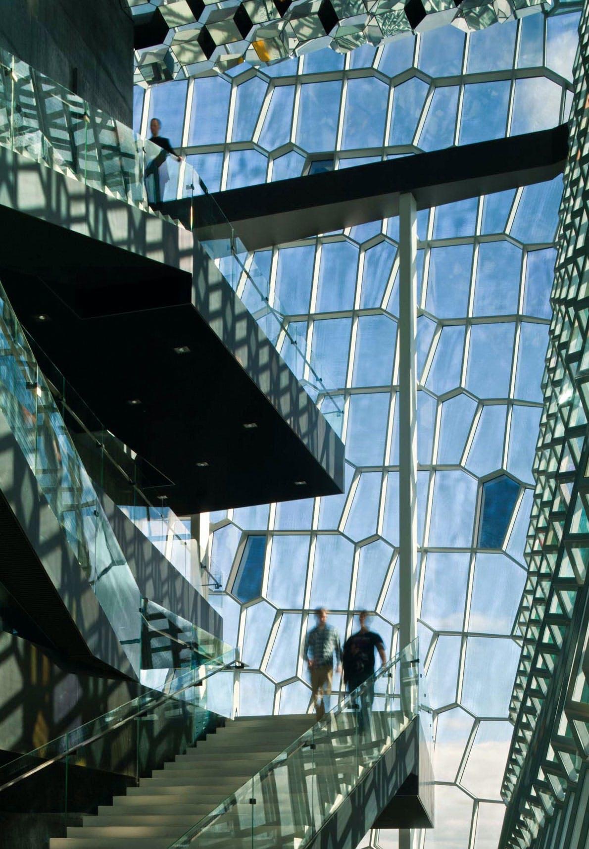 DET FINE SELSKABPeer Teglgaard Jeppesen, kreativ direktør, Henning Larsen Architects.