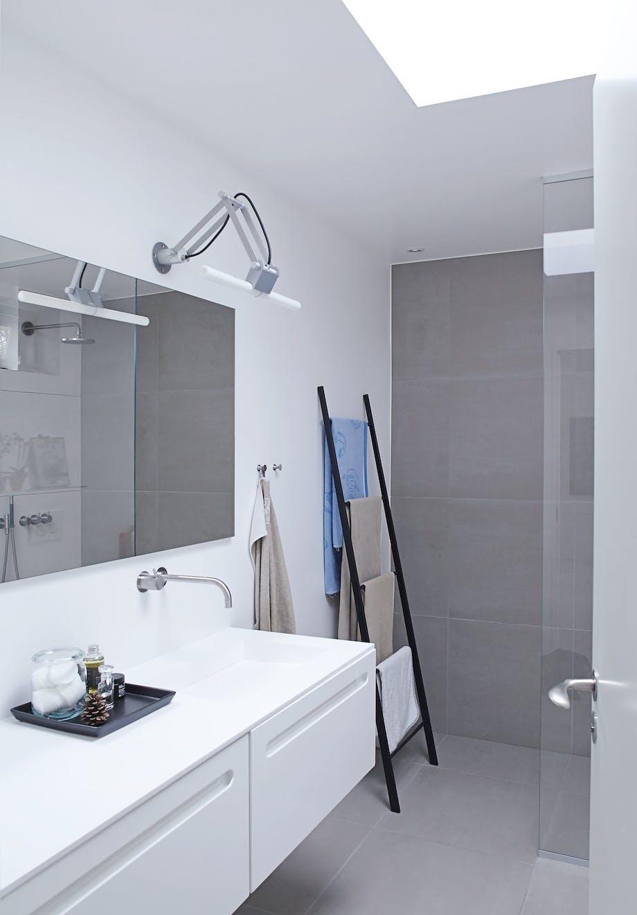Minimalistisk badeværelse