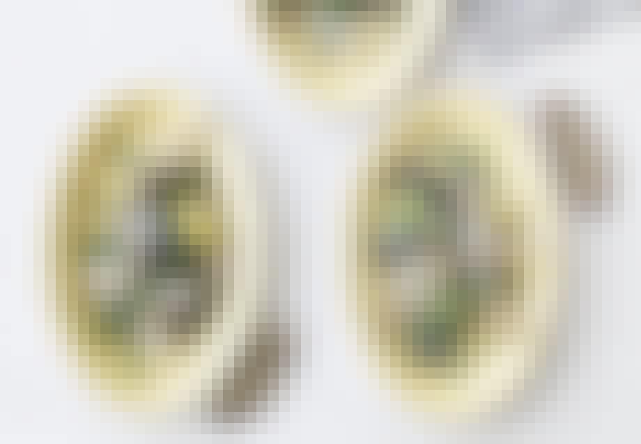 Dampede asparges med jomfruhummerog aïoli