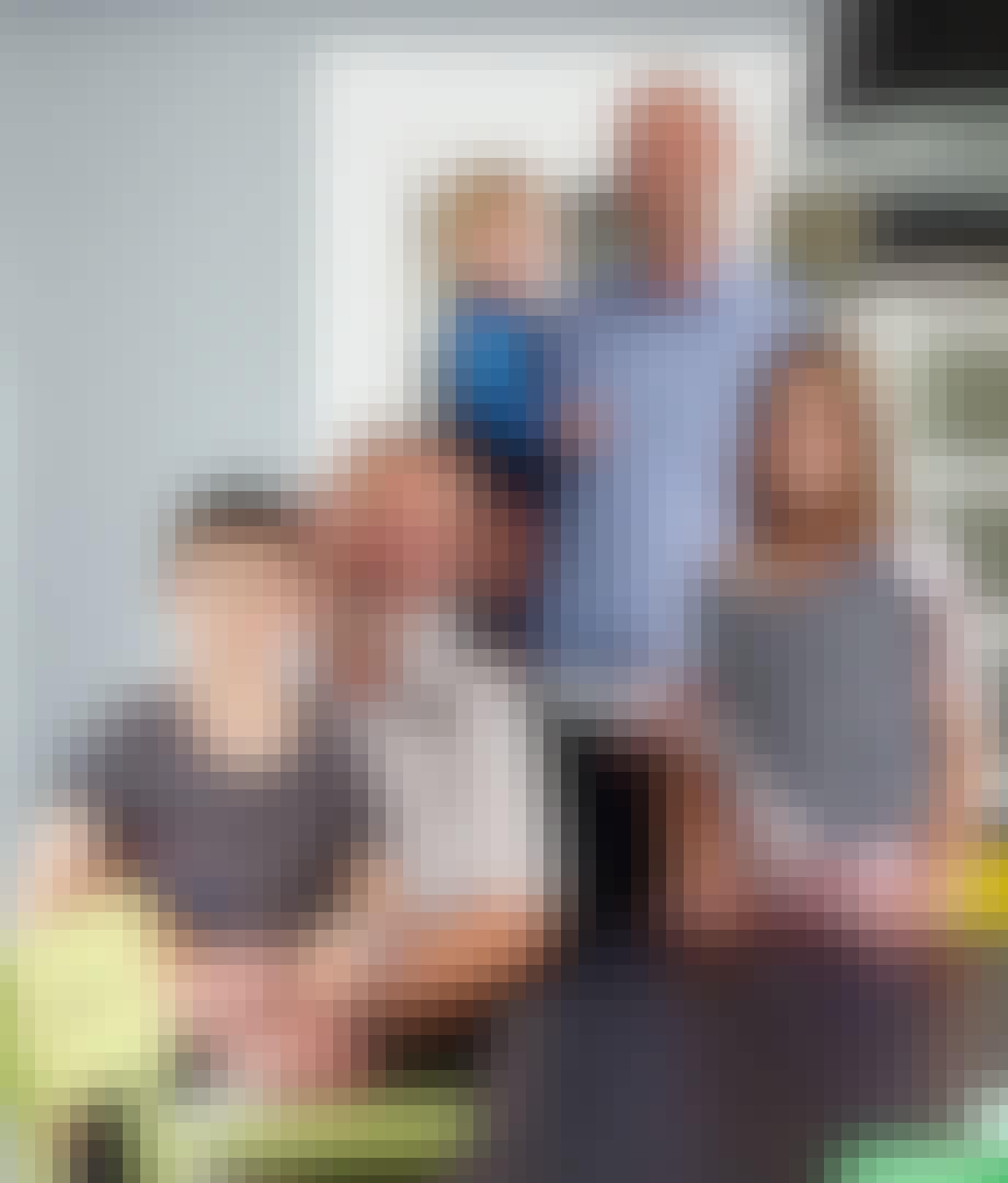 Månedens læsere er familien Knudsen og familien Halberg - tre generationer under samme tag