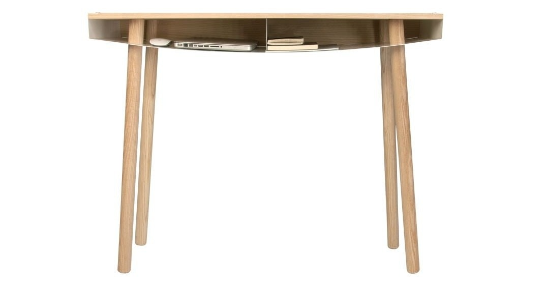 A simple desk