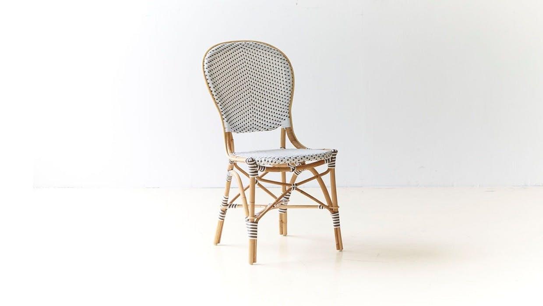 Cafémøbler i rattan