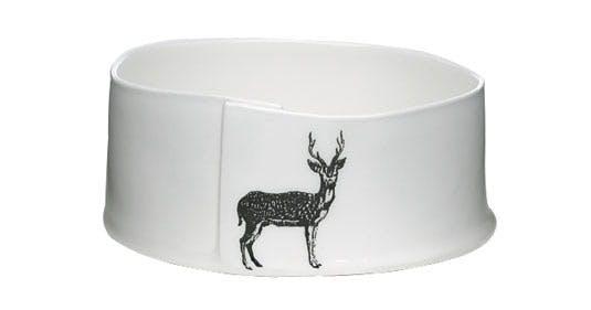 Skål i foldet porcelæn