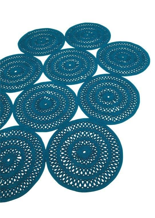 Store hæklede tæpper
