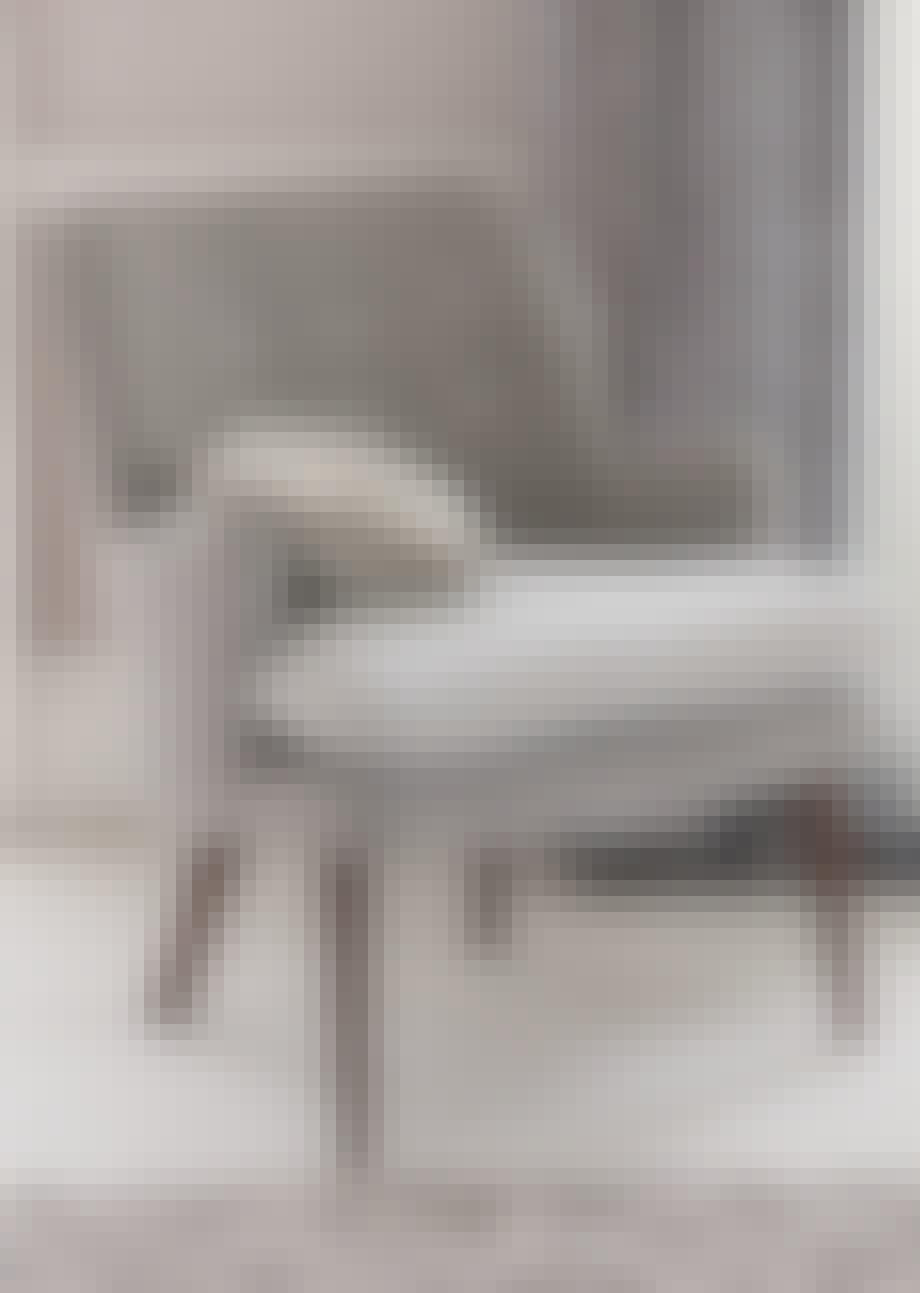 Stol, Cosmopolitan