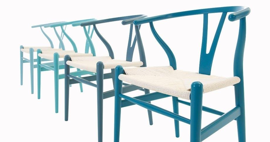 Hans J. Wegners Y-stole i blå