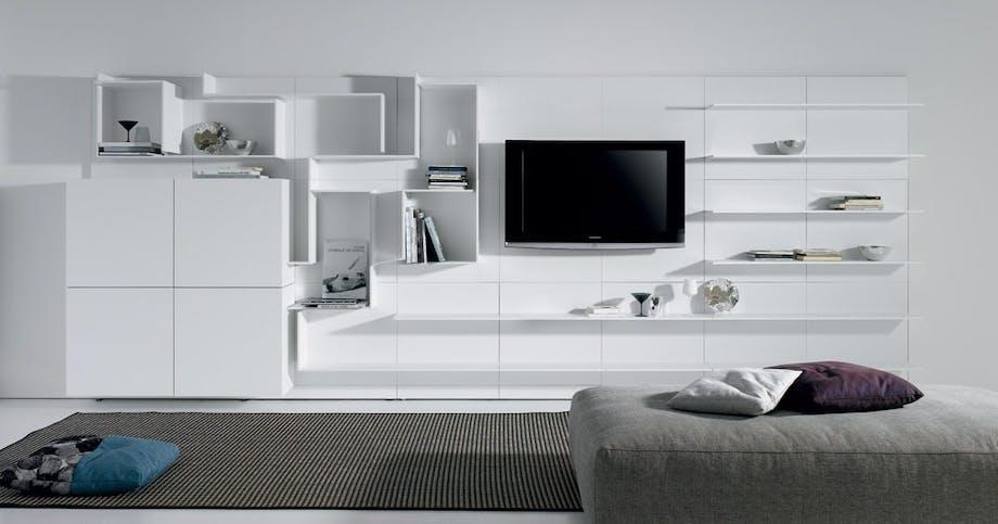 Møbler: Livlig væg