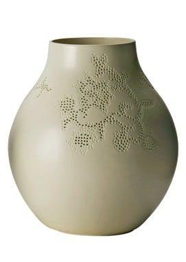 Vase, i stentøj og porcelæn