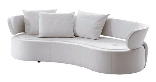Bløde runde former og hvidt læder