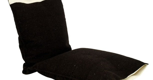Gulvpude i håndvævet uld