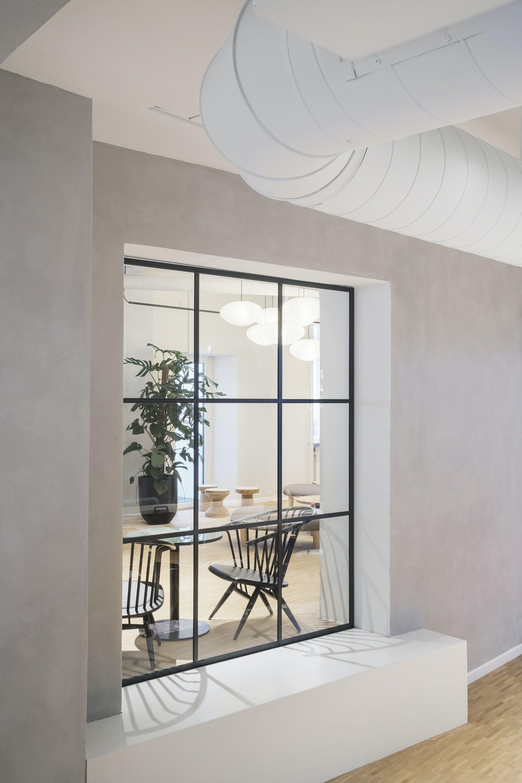 kontor mødelokale indretning glasvæg vindue