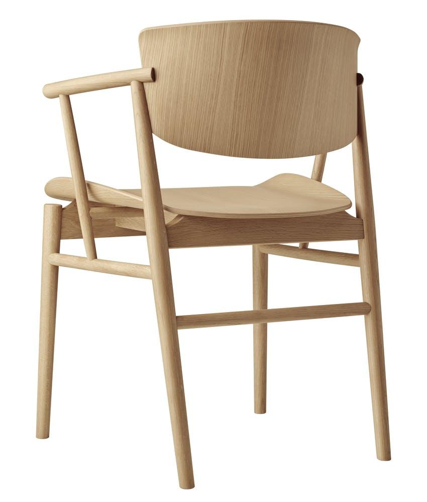 N01 Chair af Nendo