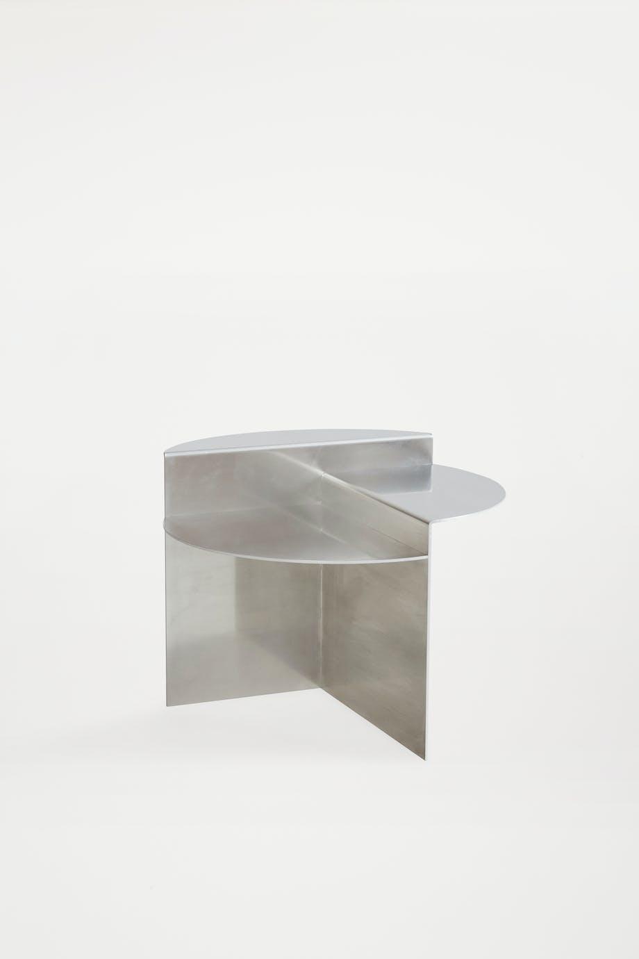 Rivet side table Frama