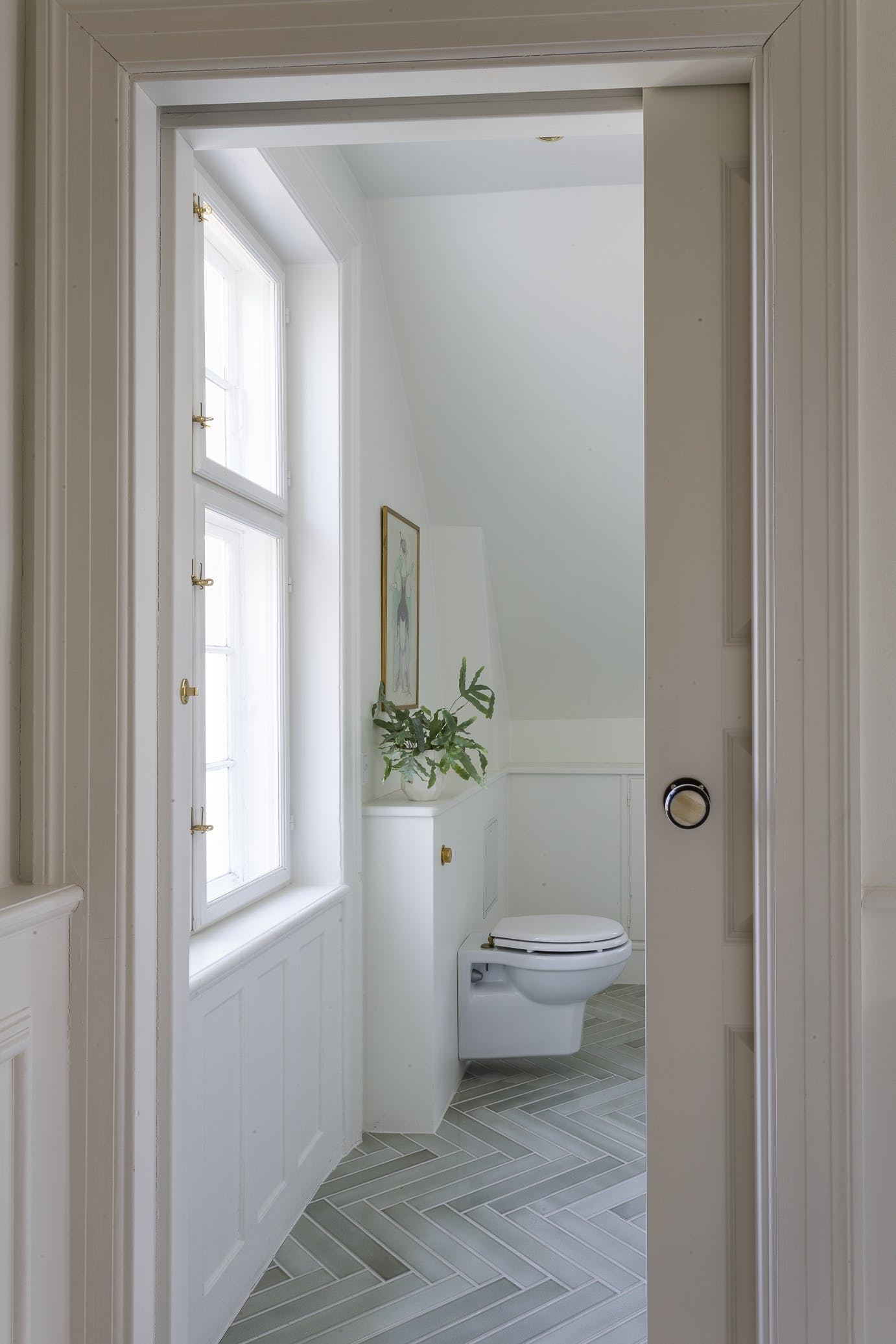 Toilet badeværelse sildebensmønster