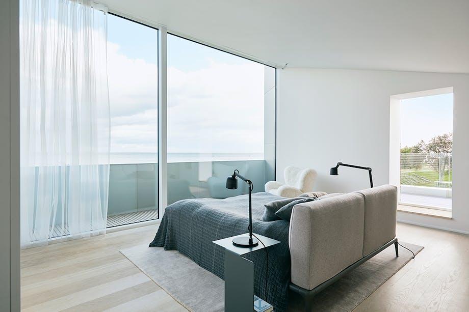 Soveværelse seng poliform stol by lassen lamper vipp