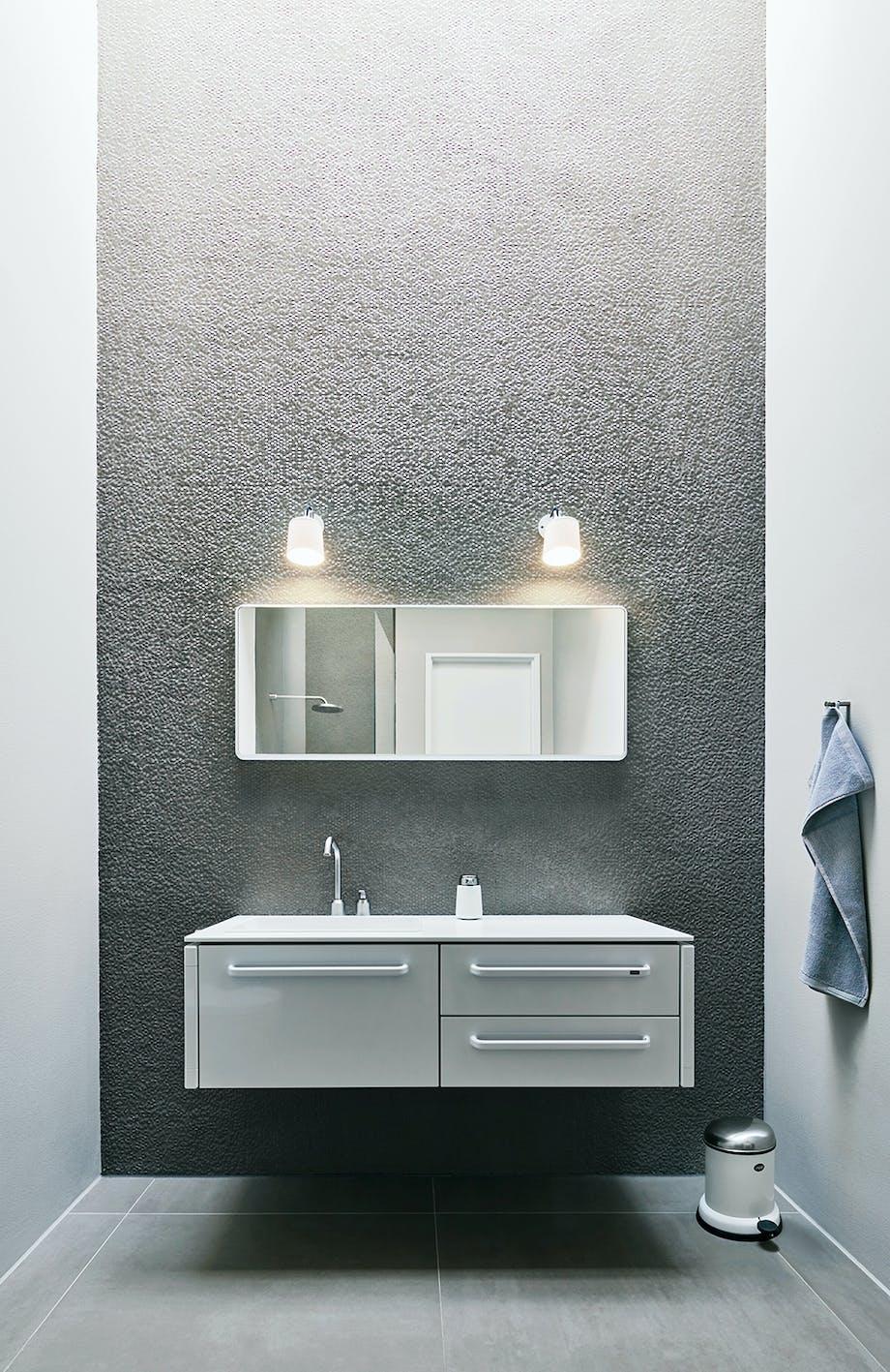 badeværelse vipp møbel hvidt skraldespand