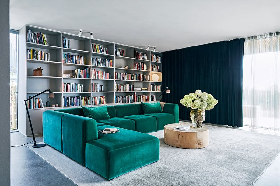 grøn sofa riva 1920 reol tæppe massimo