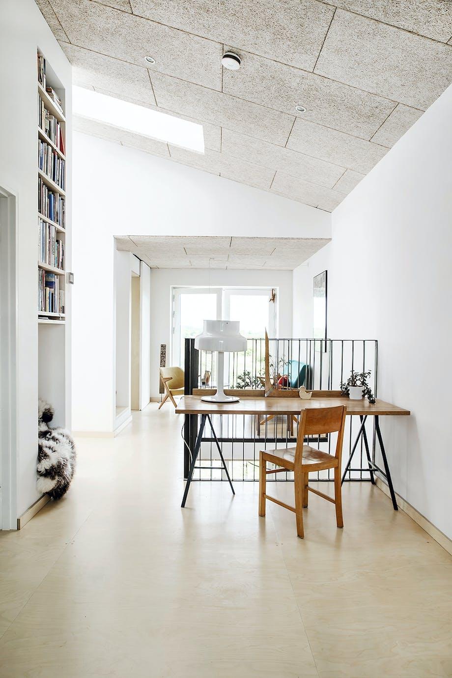 Skrivebord stol bogreol