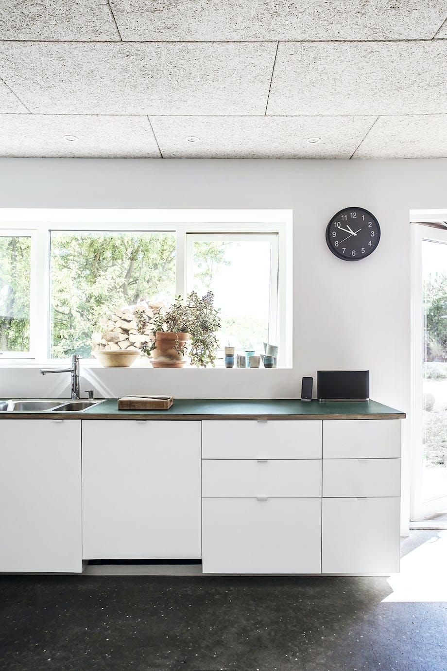Køkken hvidt vinduer