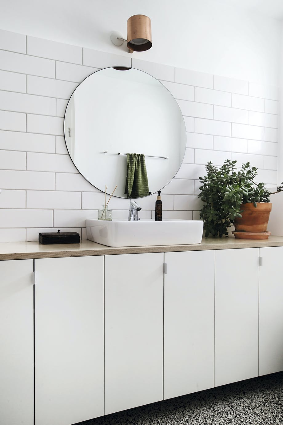 Badeværelse håndvask hvidt
