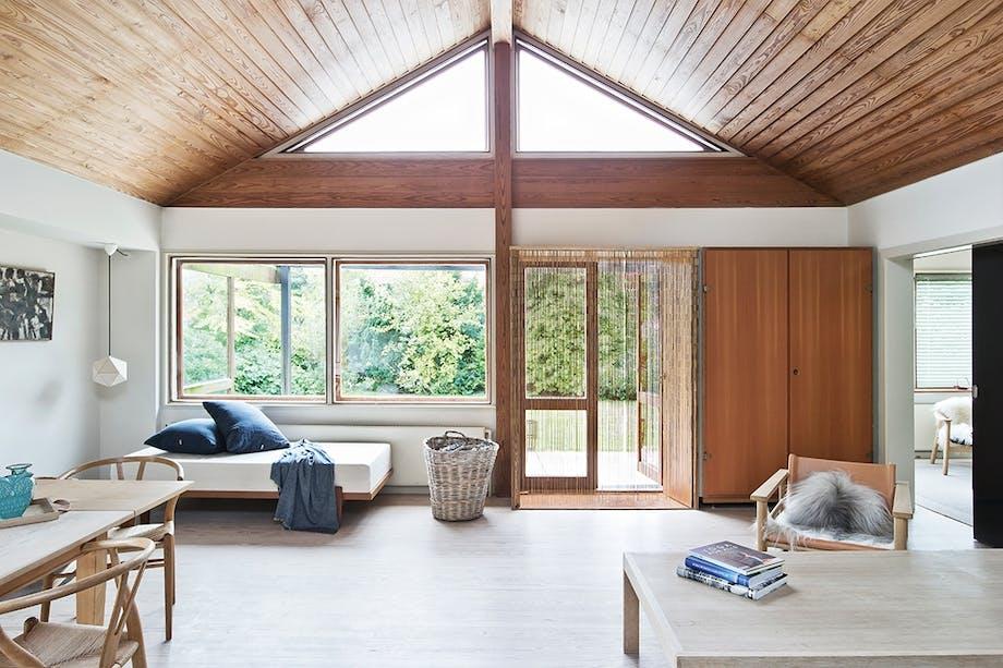 stue indretning sofa spisebord smarthome