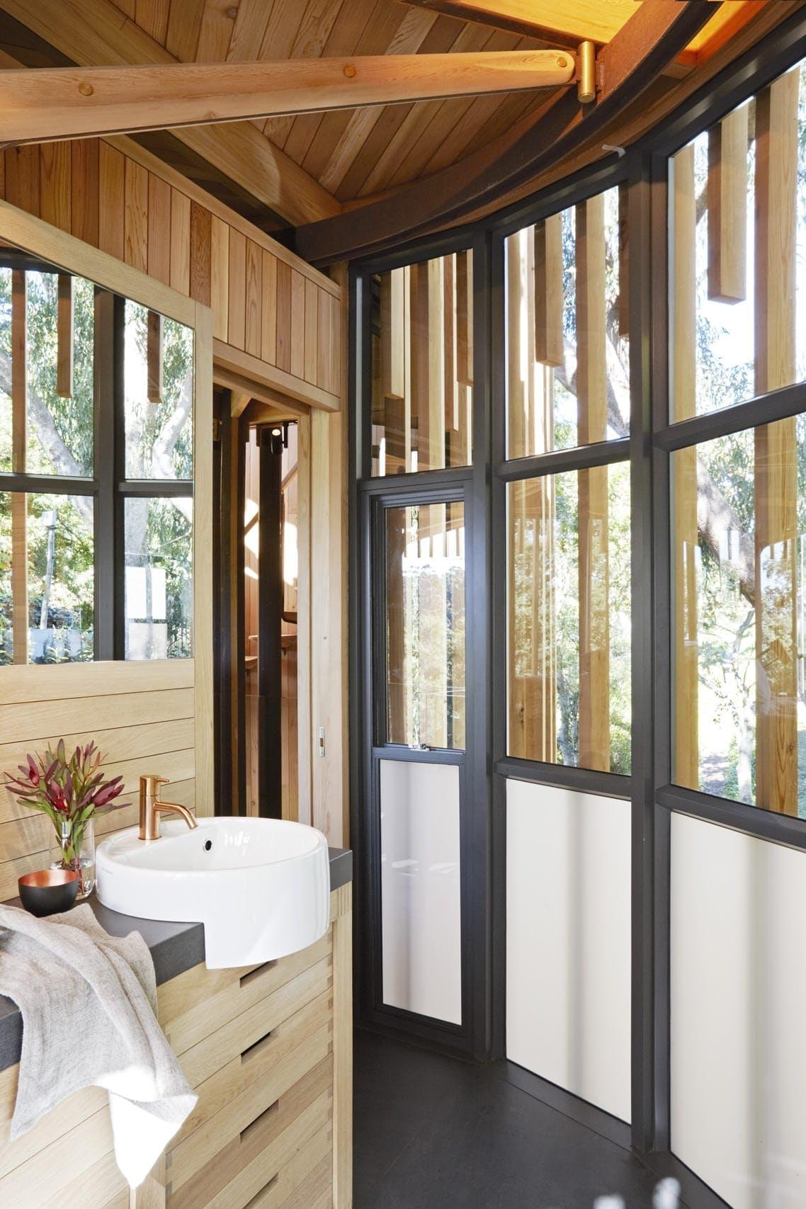 Badeværelse træhus luksus