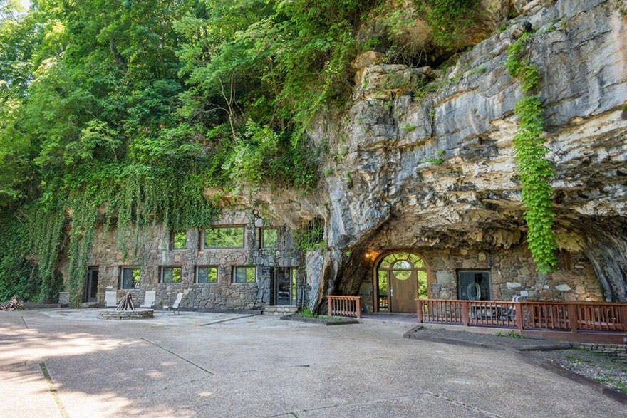 grotte indgang hus magisk til salg