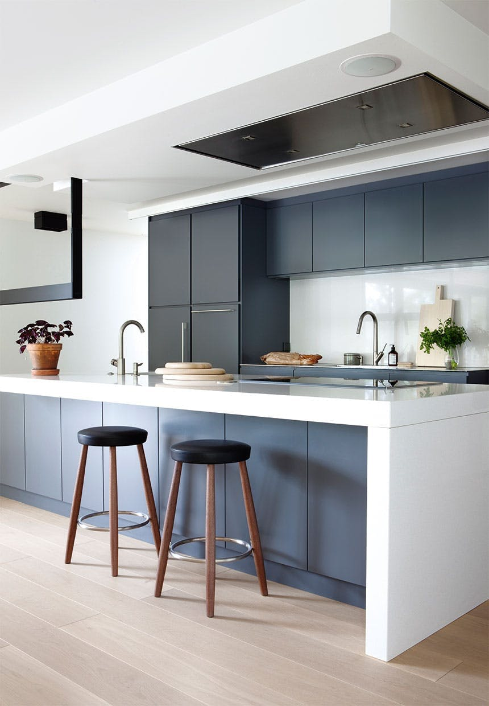 køkken barstol blå køkkenskabe